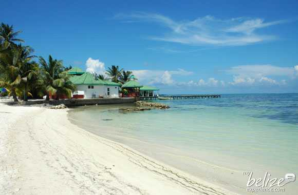 Best Water Shoes For Belize Beaches