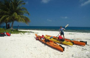saddle-caye-south-kayak-belize(11)